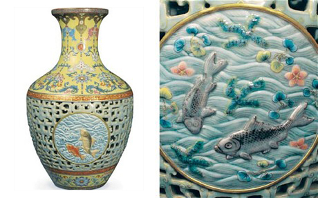 Valuable antique vase found in an attic