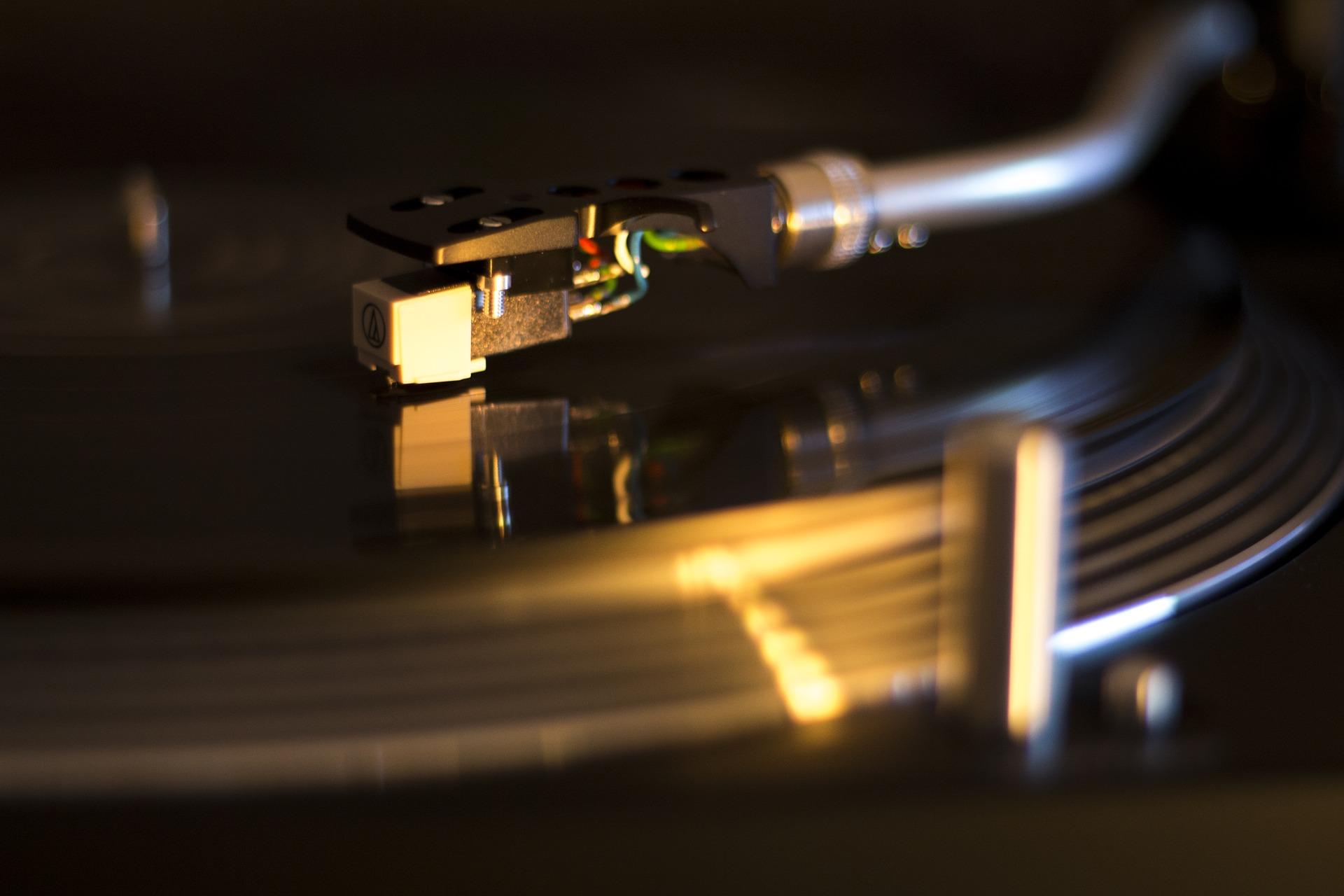 Turntable_music